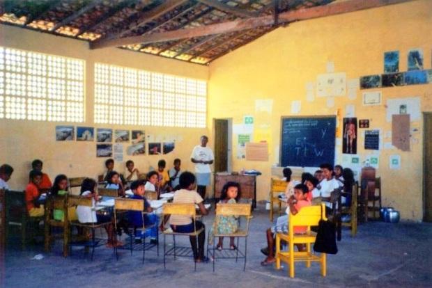 Caos na escola pública do interior - Maranhão