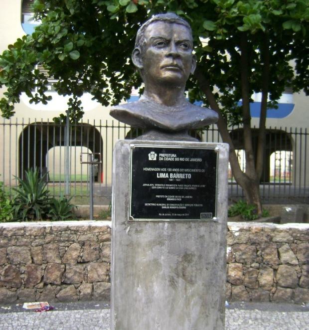 Homenagem à histórica inteligência de Lima Barreto