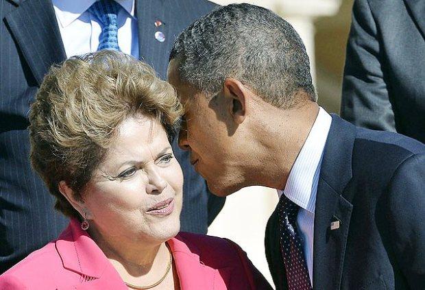 Obama ao ouvido de Dilma