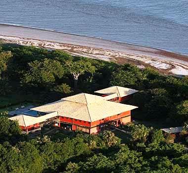Pequena mansão da Família na Ilha de Curupu