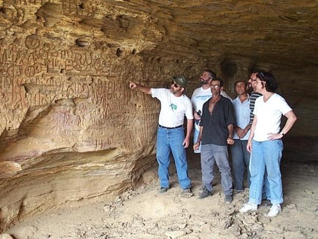 Professor Spencer e a arqueologia no campo