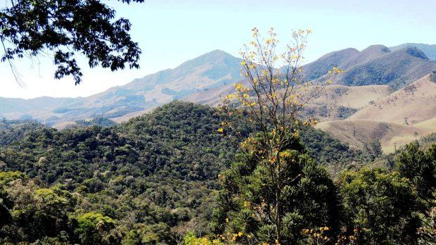 Vista da cadeia de montanhas