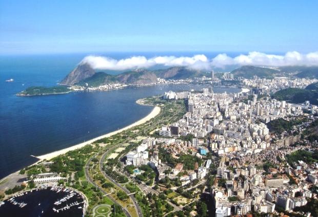 Vista aérea do Parque do Flamengo e suas vizinhanças
