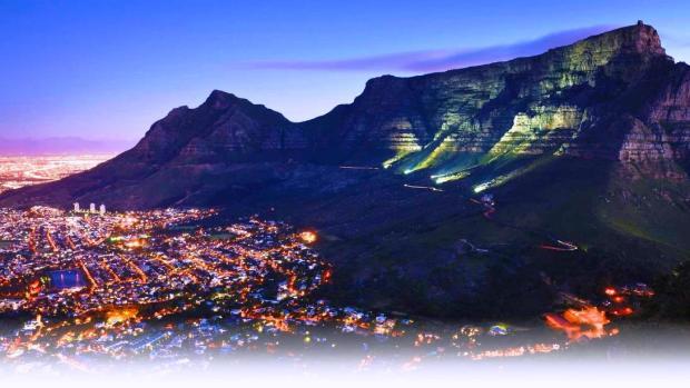 Magnífica vista noturna da Cidade do Cabo – Cape Town