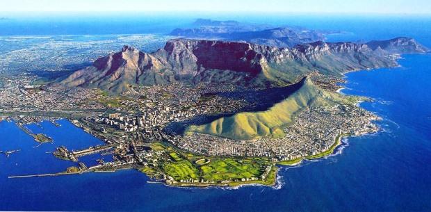Vista panorâmica atual da Cidade do Cabo, cidade-irmã de São Francisco e Rio de Janeiro