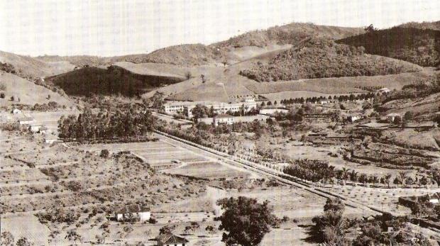Vista aérea da Escola Superior de Agricultura, em 1933