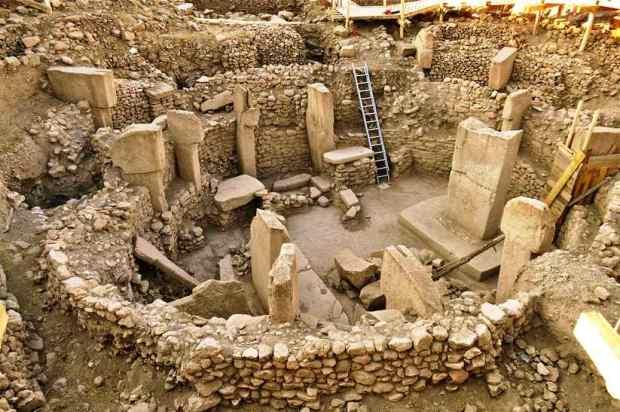 Registro de Göbekli Tepe, com datações de 9 a 12 mil anos passados