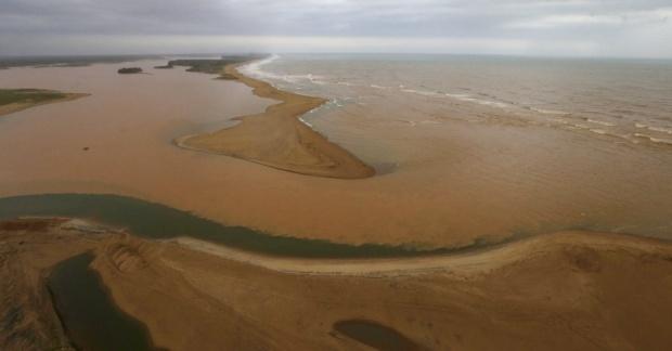 Mar de lama em 21nov2015